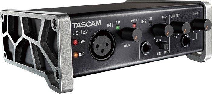 Аудиоинтерфейс TASCAM US-1×2
