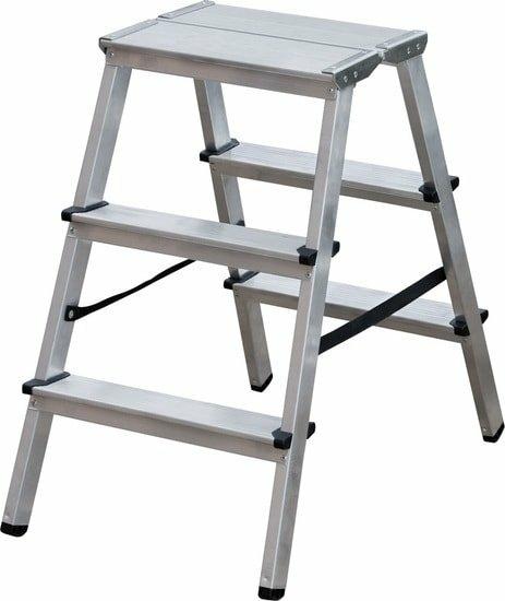 Лестница-стремянка Новая высота NV 212 с увеличенной площадкой 2×4 ступеней